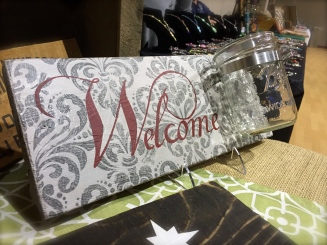"Mason jar ""Welcome"" sign"